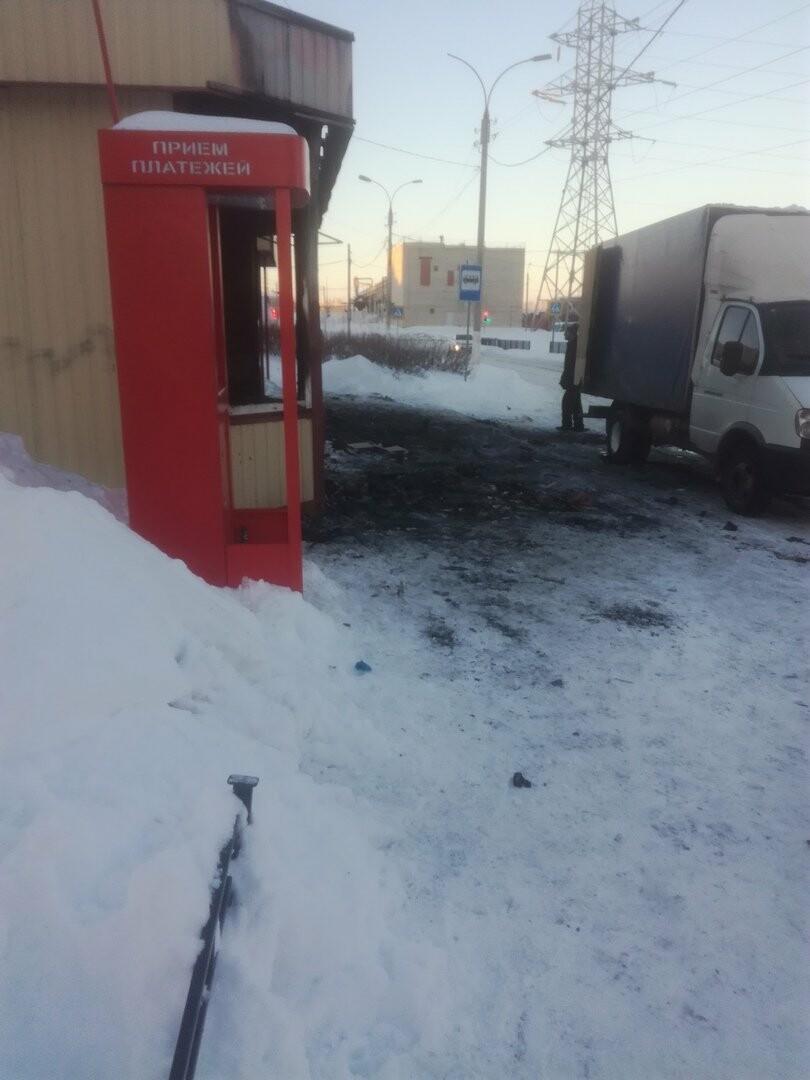 В Магнитогорске сгорел ларёк, фото-3