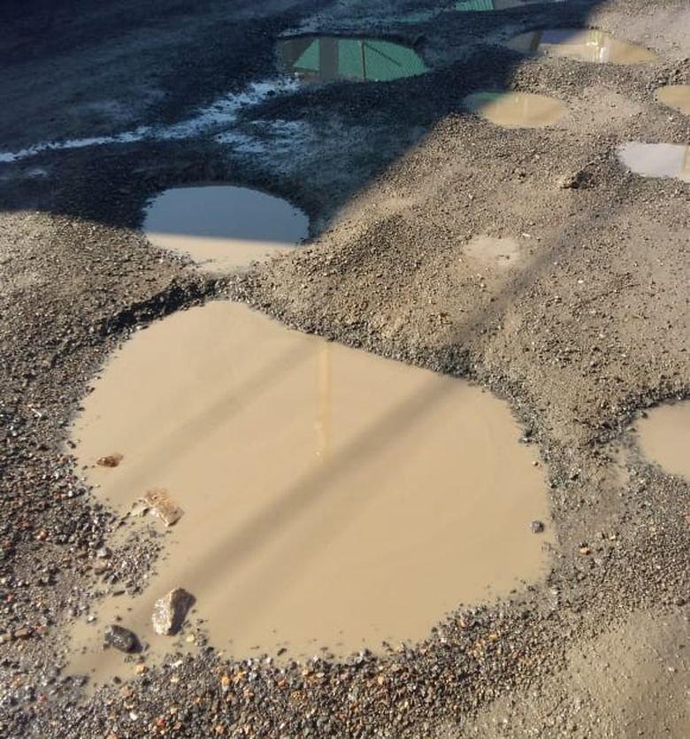 Магнитогорцы призывают власти заняться благоустройством дорог поселков, фото-1