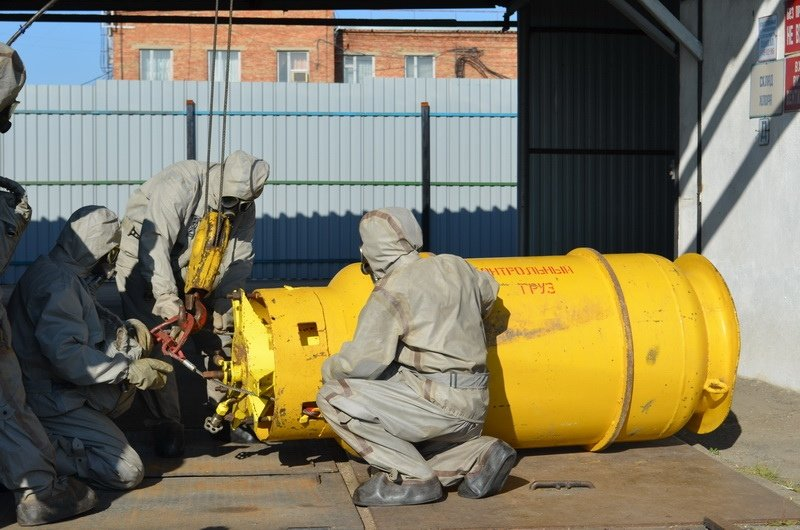 Магнитогорские спасатели предотвратили экологическую катастрофу, фото-1