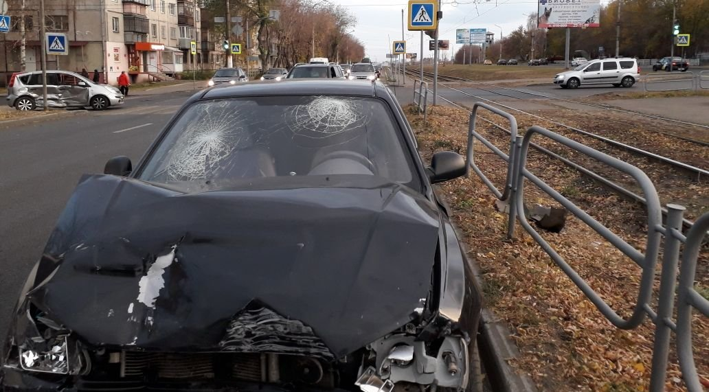 Пять человек получили травмы в ДТП на дорогах Магнитогорска, фото-2